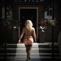 Club De Villa - Sex Clubs - Linda